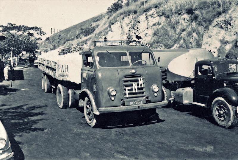 caminhão estrada fnm asfaltada