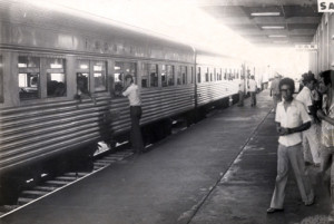 maringá estacao-ferroviaria-de-maringa-decda-de-70
