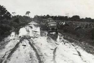 mandaguari - 1945. rodovia perto de jandaia - barro preto
