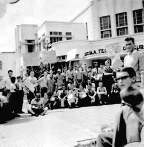 etfpr jws - Recepção aos calouros da Escola Técnica de Curitiba, 1959 — em Curitiba.