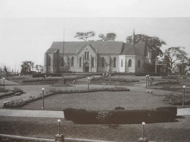 Londrina - Catedral nos anos 1940 ------------