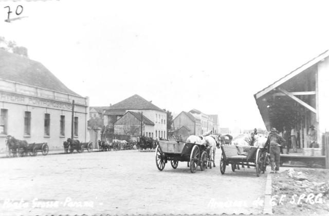 ponta-grossa-Rua-Benjamim-Constat carroça