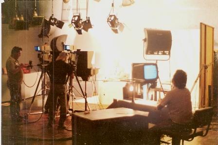 tv canal 12 estúdio 1989 cenrio bom dia wille web jws