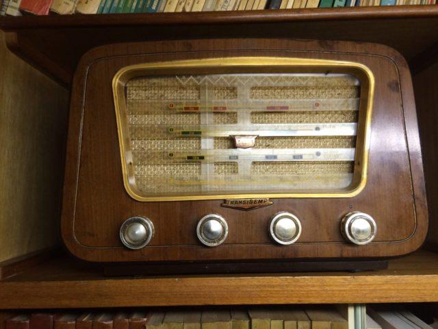 ac-radio-antigo-jws